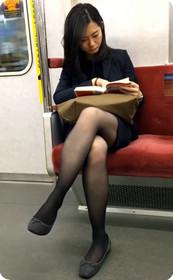 腿型不错的少妇,美腿看不停